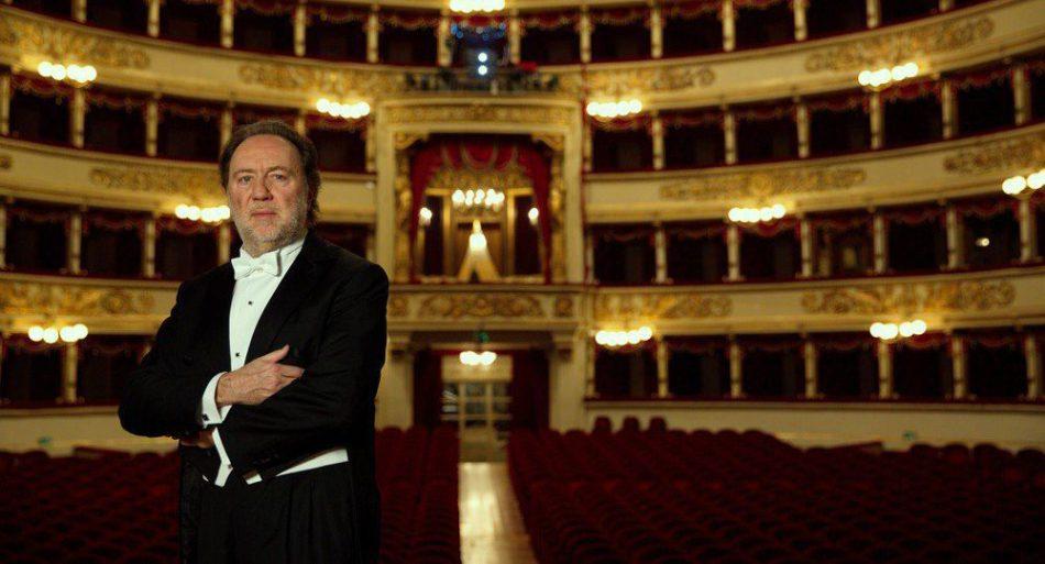 Una stagione con 15 titoli, di cui due sono prime per la Scala