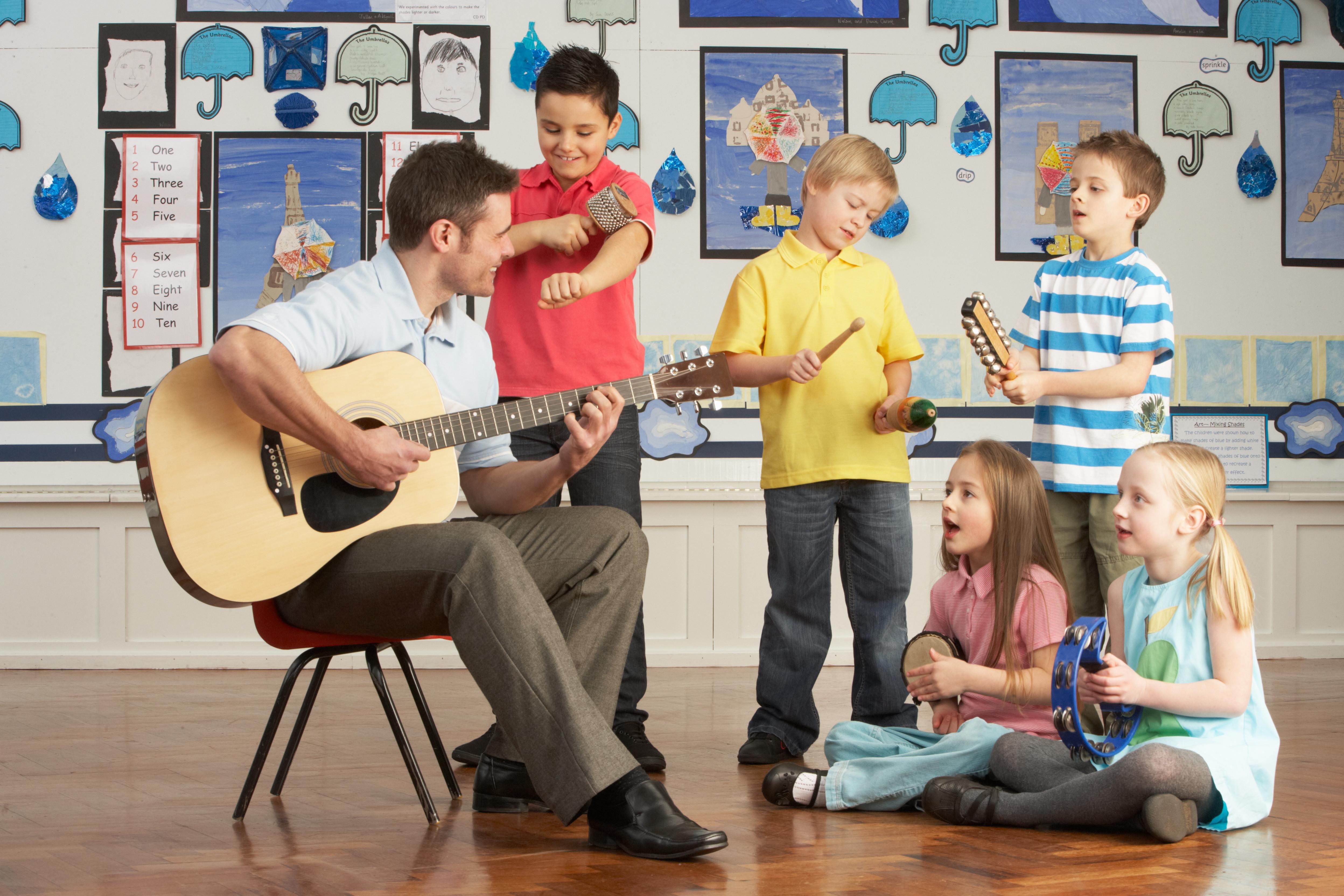 Riflessioni e consigli sul primo approccio per l'apprendimento musicale infantile
